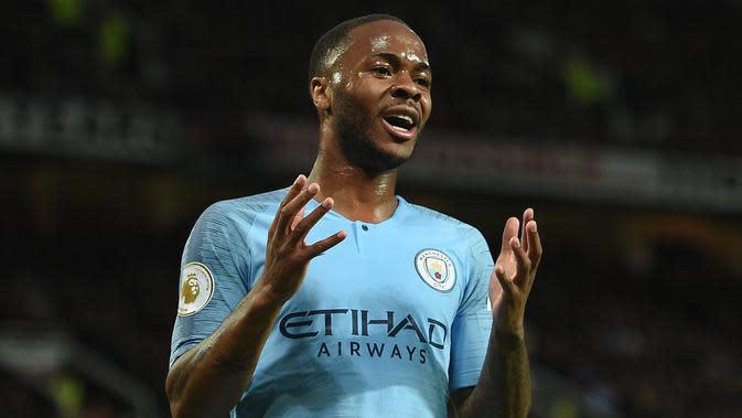 4. Raheem Sterling - Sterling juga memiliki kemungkinan besar untuk hengkang dari Manchester City. Pemain sayap yang cukup diperhitungkan ini banyak diminta klub-klub eropa. (AFP/Oli Scarff)