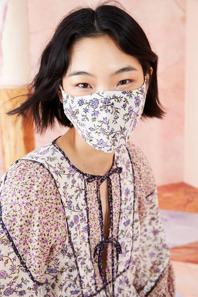 "<p>When the call came for designers to begin creating masks and protective gear for healthcare workers, fashion names from LVMH to L.L. Bean <a href=""https://www.elle.com/fashion/a31958030/fashion-companies-covid-19-relief/"" target=""_blank"">stepped in to help.</a> With masks being a requirement in many public settings, our favorite up-and-coming fashion brands are have begun offering inventive options that go beyond a bandana.</p><p>Below, some of our favorite designers, from L.A. to Detroit to Rhode Island to Paris, who are creating their own non-medical fashion face masks, many of them with charitable components. Staying safe in style, helping out a small business, <em>and </em>giving back to those in need? That's a win-win-win. </p>"