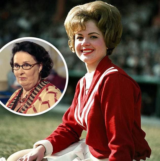 'The Office' star Phyllis Smith's cheerleader and burlesque dancer past