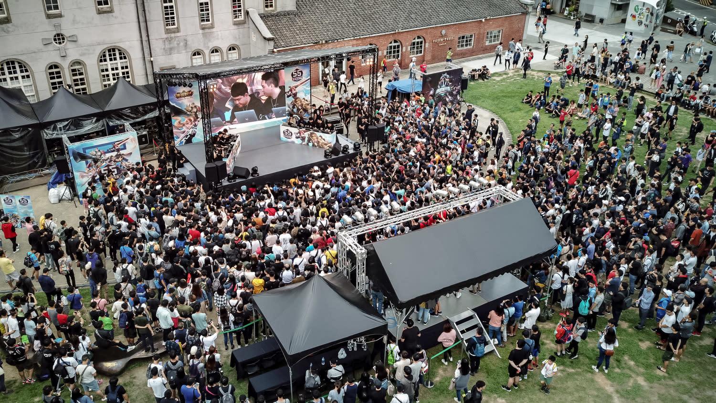 現場非常熱鬧,吸引超過1500名玩家來到現場同樂