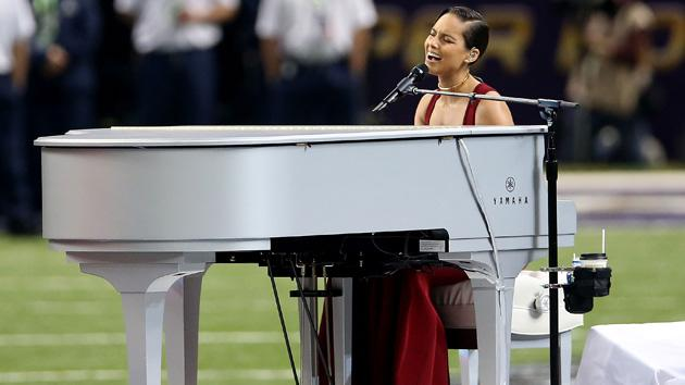 Alicia Keys Offers Classy, Soulful Rendition Of National Anthem At Super Bowl