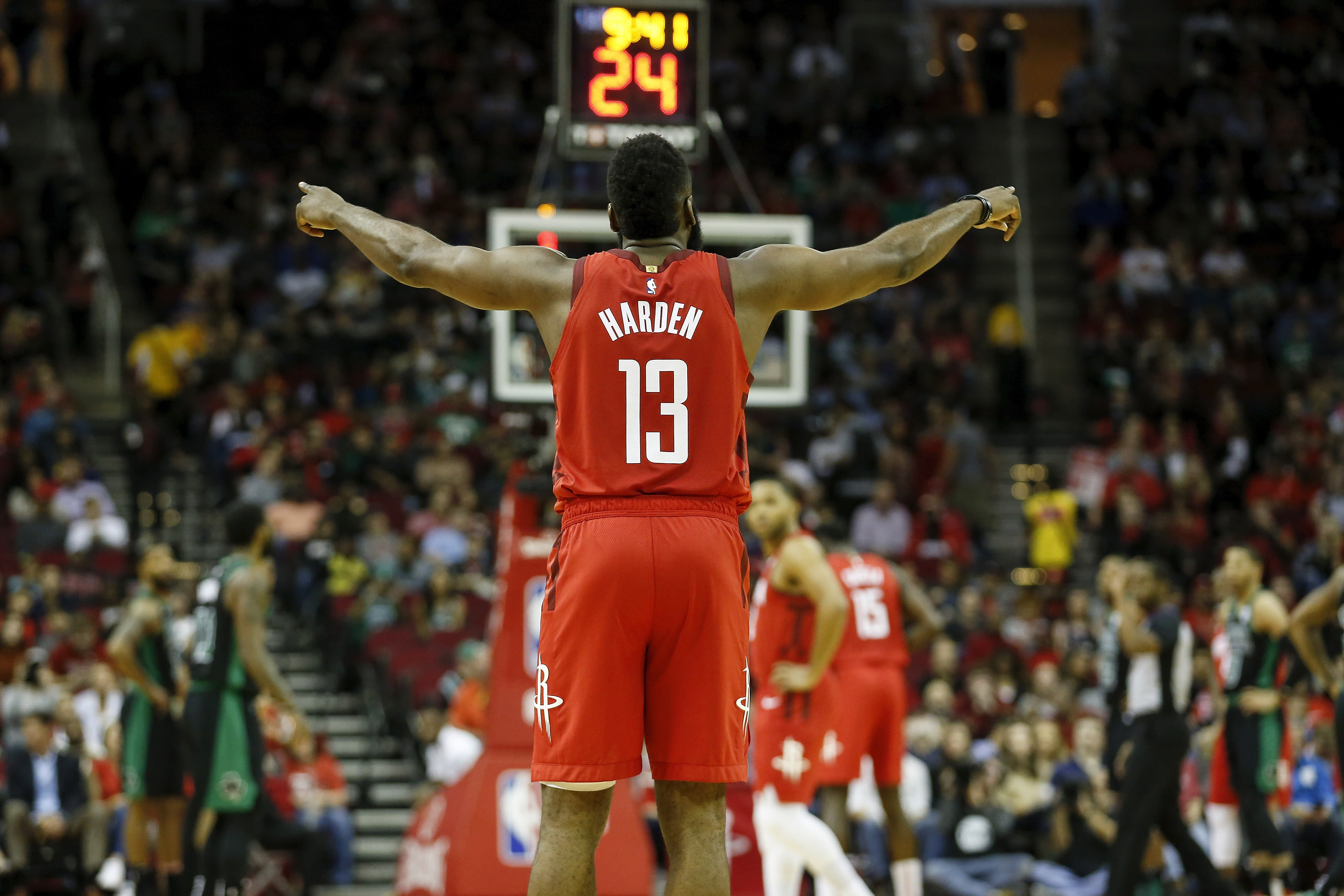 【NBA】你覺得哈登目前的表現有機會連莊MVP嗎?