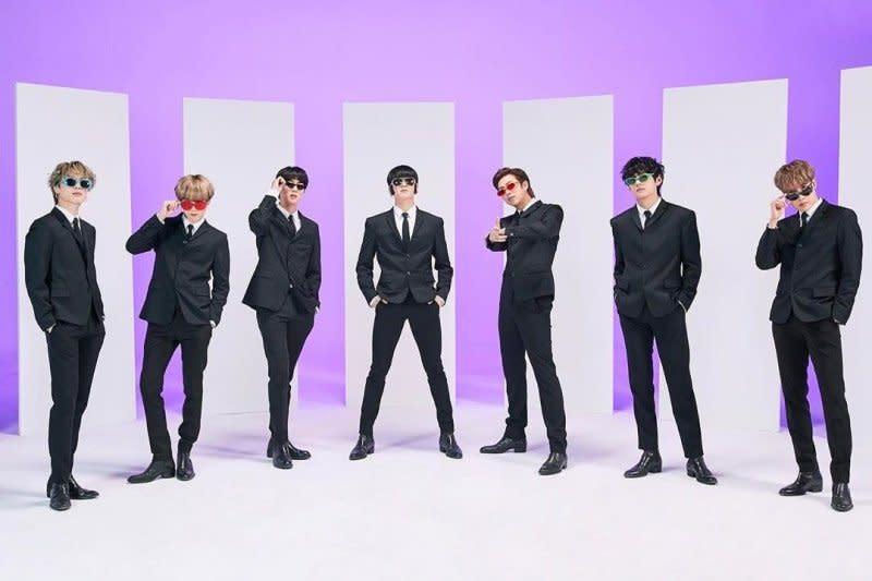 "BTS kuasai iTunes 82 negara lewat ""Stay Gold"""