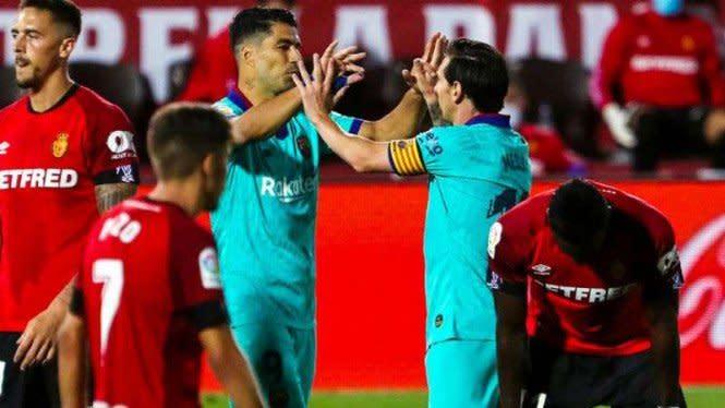 Messi Galau Suarez Diusir Barcelona, Koeman: Biasa Saja