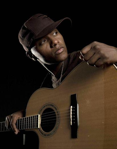 'Voice' Winner Javier Colon Unsurprisingly Parts Ways With Record Label