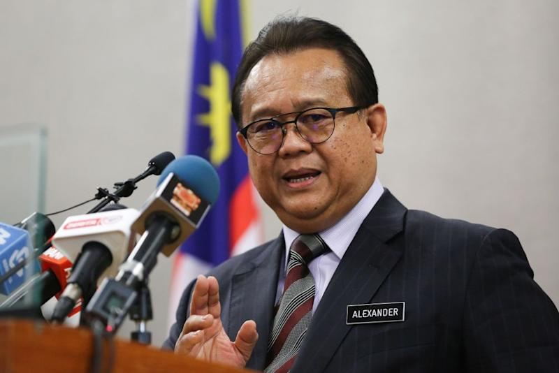 Minister of Domestic Trade and Consumer Affairs Datuk Alexander Nanta Linggi speaks during a press conference at Parliament in Kuala Lumpur August 13, 2020. — Picture by Yusof Mat Isa