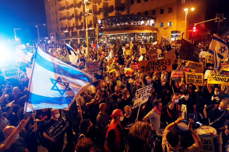 'Your time is up': Thousands protest against Netanyahu over COVID-19 and alleged corruption