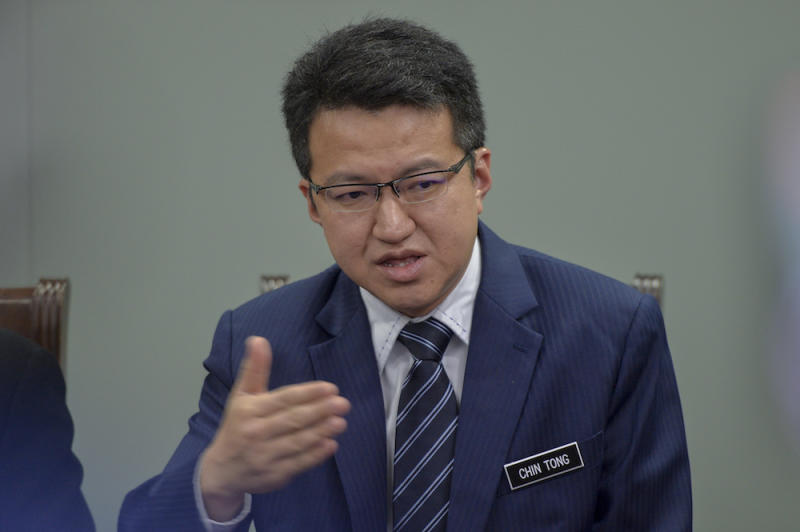 Liew Chin Tong speaks to reporters in Putrajaya April 24, 2019. — Picture by Mukhriz Hazim