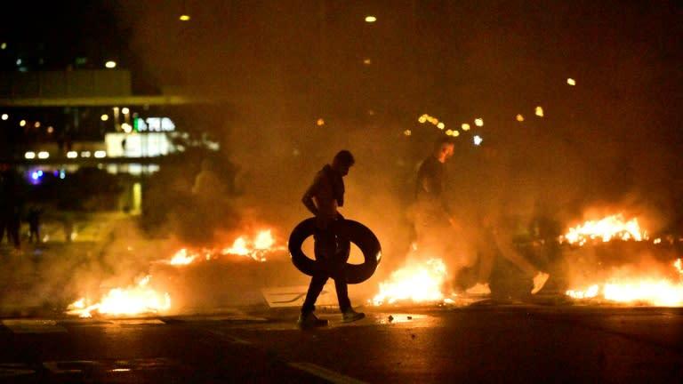 Riot in Sweden after anti-Muslim Danish leader banned