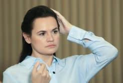 Penangkapan baru terjadi di Belarus saat Pemenang Nobel menolak penyelidik