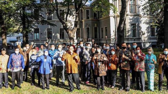 Perayaan Hari Batik 2 Oktober 2020 di KBRI Moskow