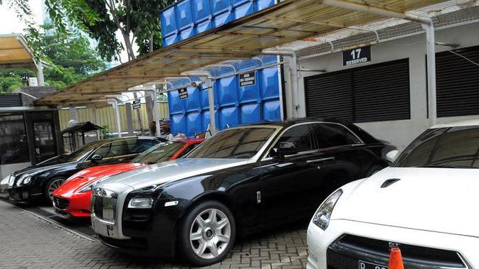 Mobil Mewah Wawan yang Disita KPK
