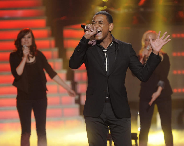 "Joshua Ledet performs ""She's Got a Way"" by Billy Joel on ""American Idol."""