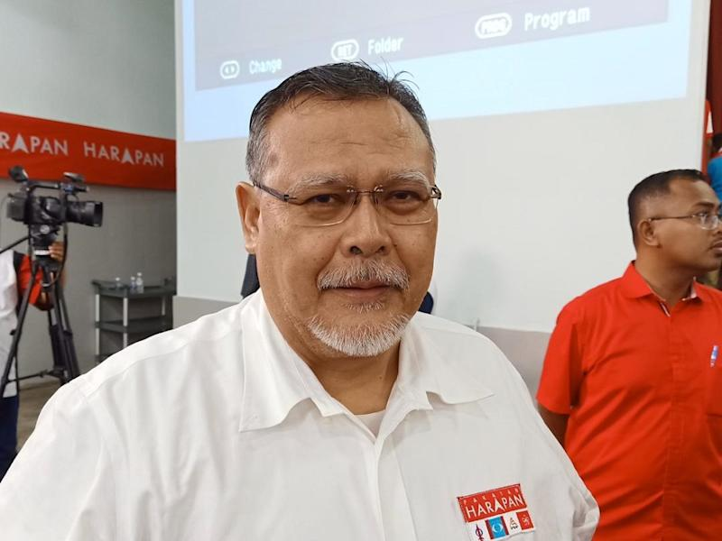 Johor Parti Amanah Negara (Amanah) chief Aminolhuda Hassan said any change of leadership at the central or state level must be determined through elections. — Picture by Ben Tan