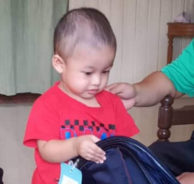 Two-year-old Muhammad Fateh Aqil Mohd Nazmee is Malaysia's youngest Covid-19 patient. — Picture via Facebook/Persatuan Sokongan Anak-Anak Kanser (Pesona)