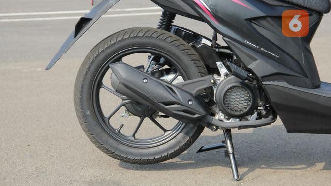 Suara knalpot all-new Honda BeAT lebih halus. (Liputan6.com)