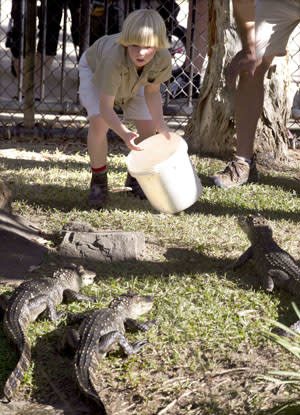 'Crocodile Hunter's' son feeds crocs just like his dad [Photo]
