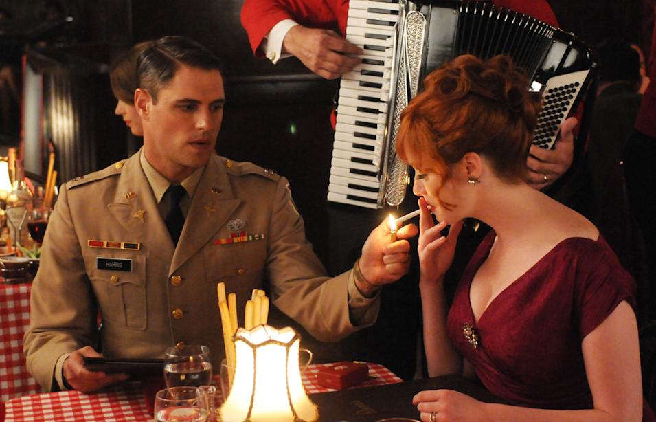 Greg Harris (Samuel Page) and Joan Harris (Christina Hendricks)