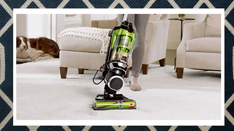 Bissell Pet Eraser Vacuum. Image via Amazon.