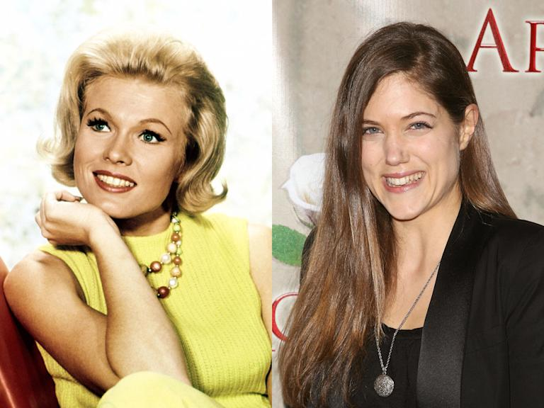 Pat Priest and Charity Wakefield (Marilyn)