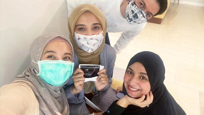 Laudya Cynthia Bella bersama Irwansyah dan Zaskia Sungkar. (Instagram.com/laudyacynthiabella)