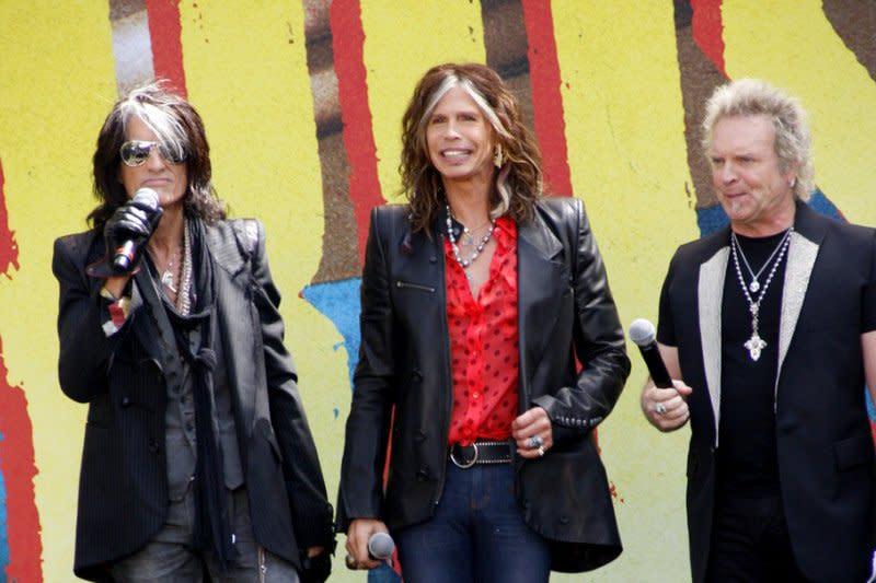 Joey Kramer, drummer Aerosmith absen di MusiCares?