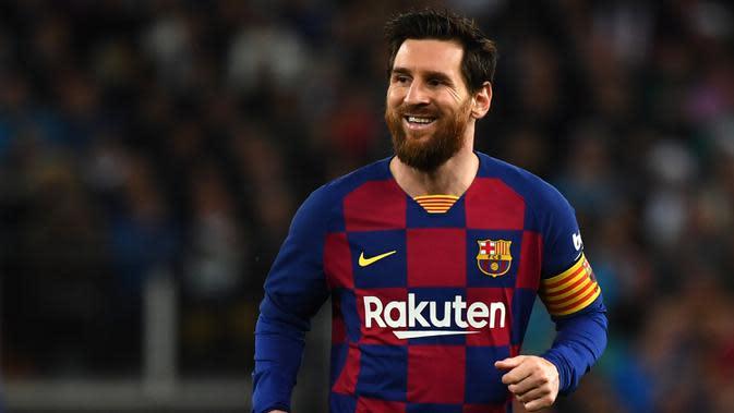 Lionel Messi saat pertandingan Barcelona melawan Real Madrid dalam laga Liga Spanyol di stadion Santiago Bernabeu pada 1 Maret 2020. (AFP/Gabriel Bouys)
