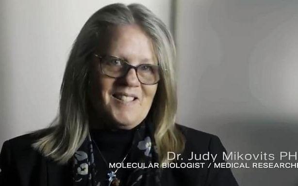 Dr. Judy Mikovits believes face masks incubate coronavirus and vaccines are a sinister method of government control - Plandemic