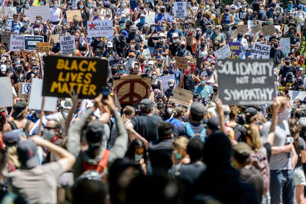 "<p>In the wake of George Floyd's death on May 25, protests erupted in major cities across the world to express outrage over systemic racism. As the demonstrations continue, countless individuals and brands have turned to social media to show signs of solidarity for the countless people of color lost to police brutality and racism.</p><p>Countless decorators within the design community, from <a href=""https://www.mikelwelch.com/"">Mikel Welch</a> to <a href=""https://bunnywilliams.com/"">Bunny Williams</a>, have urged their followers to speak out and donate to organizations fighting racial injustice like <a href=""https://org2.salsalabs.com/o/6857/p/salsa/donation/common/public/?donate_page_KEY=15780&_ga=2.214800663.1094378770.1591025946-544327657.1591025946"" target=""_blank"">The NAACP Legal Defense Fund</a> and <a href=""https://minnesotafreedomfund.org/"" target=""_blank"">The Minnesota Freedom Fund</a>. Other organizations, like the <a href=""http://www.blackfemarc.com/"">Black Females in Architecture</a>, are using their platforms to help education others on allyship. </p><p>Here, we've gathered a list of home brands and designers supporting the Black Lives Matter movement through donations and other creative causes. We'll keep updating the list with new announcements from favorite brands and tastemakers about the actions they're taking.</p>"
