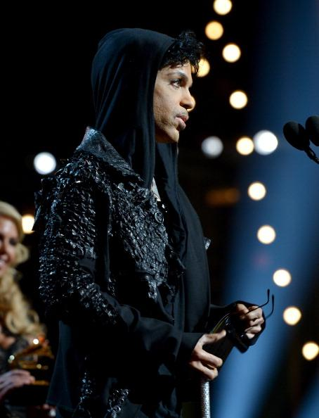 Prince Makes Wacky Twitter Debut