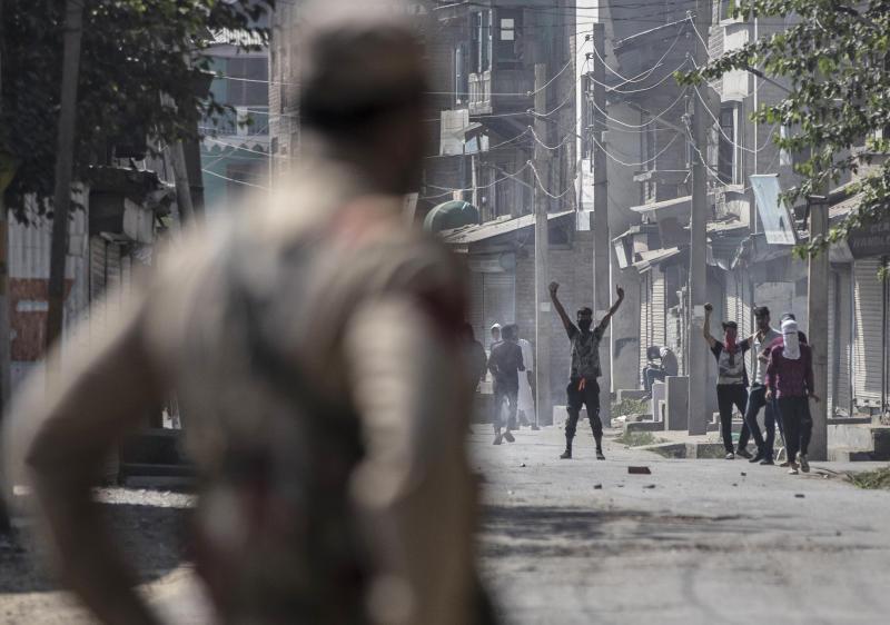 APTOPIX India Kashmir Gunfight