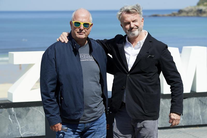 SAN SEBASTIAN, SPAIN - SEPTEMBER 20: Director Roger Michell (L) actor Sam Neill (R) attend 'Blackbird (La Decision)' photocall during 67th San Sebastian International Film Festival on September 20, 2019 in San Sebastian, Spain. (Photo by Carlos Alvarez/Getty Images)