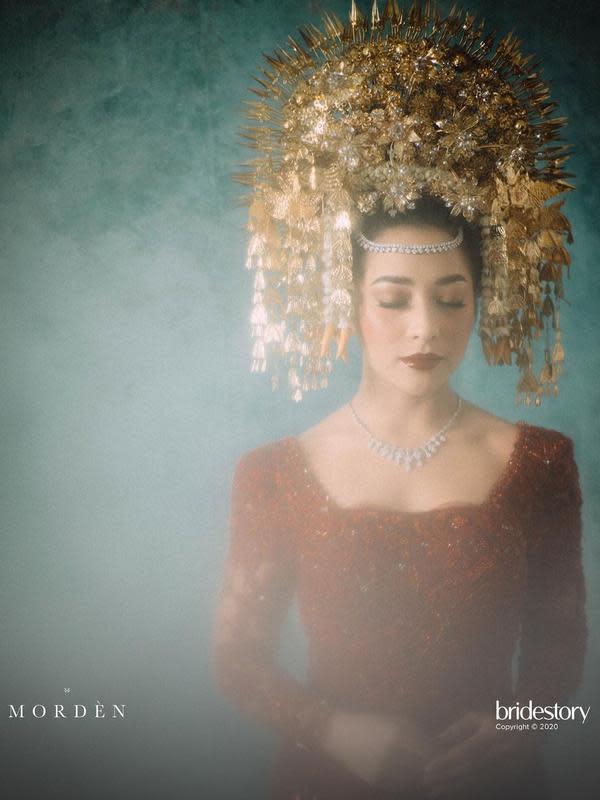 Jumat, 16 Oktober 2020, Nikita resmi dipersunting Indra. Prosesi akad nikah berlangsung di kediaman pengantin perempuan di Jatiiwaringin, Jakarta Timur, dan disiarkan langsung dari akun Instagram dan Website The Bride Story. (Instagram/morden.co)