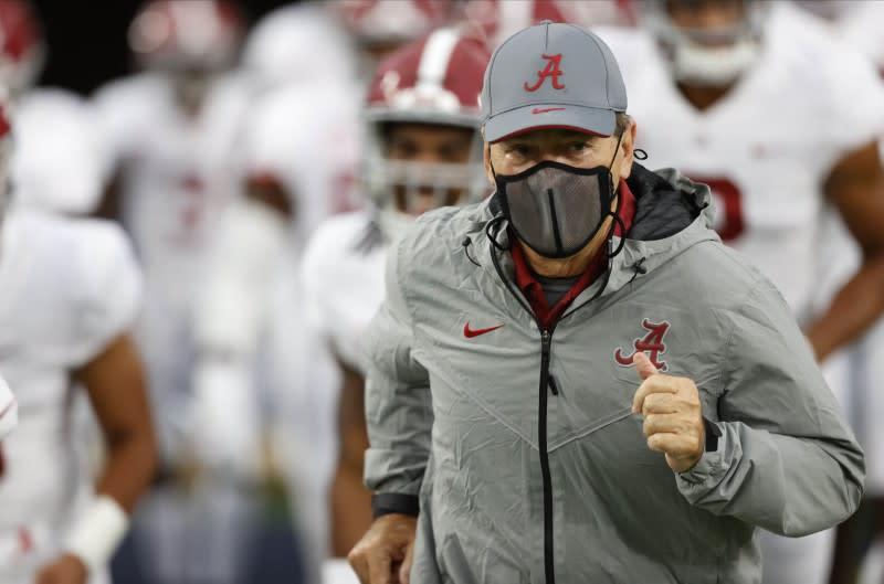 Alabama coach Saban tests negative in COVID-19 follow-up