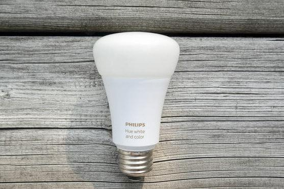 Philips Hue White and Color Ambience Starter Kit-review-3588