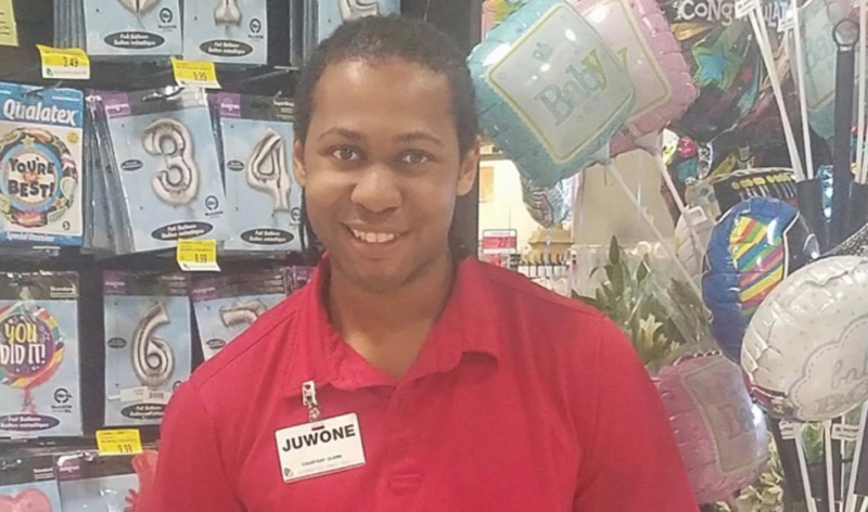Louisiana grocery store bagger Juwone Scott Jr chased an attempted purse snatcher down and retrieved a customer's bag.