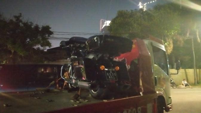 Kejaksaan Agung Sita Mobil Mercedes dan Harley Davidson Hendrisman Rahim