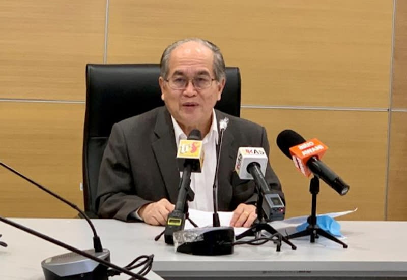 Deputy Chief Minister Datuk Amar Douglas Uggah speaks during a press conference on the Covid-19 situation in Sarawak, April 23, 2020. — Picture courtesy of Sarawak Public Communications Unit (Ukas)