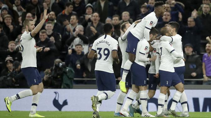 Tottenham Hotspur. (AP Photo/Matt Dunham)