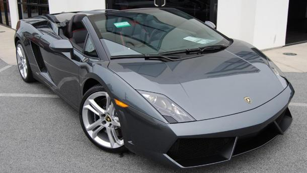 Enjoying the pain from a Lamborghini Gallardo Spyder: Motoramic TV