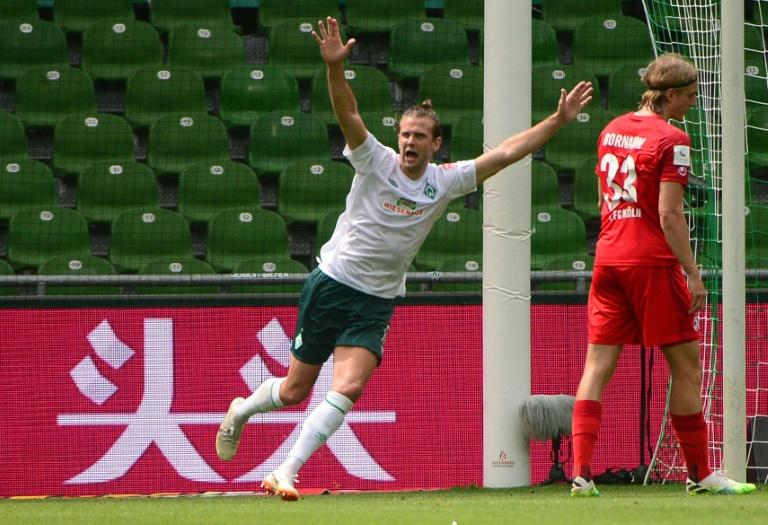 Niclas Fuellkrug was among the scorers as Werder Bremen avoided automatic relegation