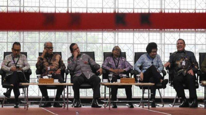 Dewas KPK Syamsudin Haris Positif COVID-19, Tiga Lainnya Negatif