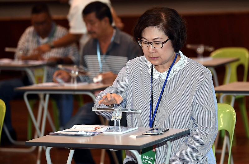 Sabah PKR chief Datuk Christina Liew declined to reveal the exact number of seats that the party wants out of the 73 seats up for grabs, only saying that it wanted more than last election's eight seats. —Bernama pic
