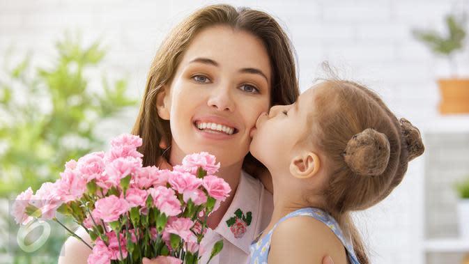 Ilustrasi Foto Ibu dan Anak (iStockphoto)