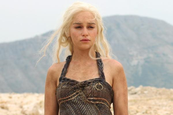Say What? You'll Need a Translator for 'Game of Thrones' Star Emilia Clarke's Unusual Emmy Reaction