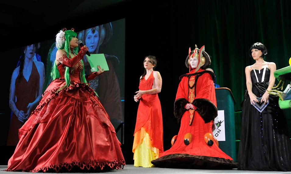 """Heroes of Cosplay"" - ""Emerald City"" episode 102"