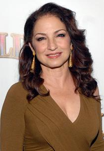 Gloria Estefan in Talks to Guest-Star on Glee
