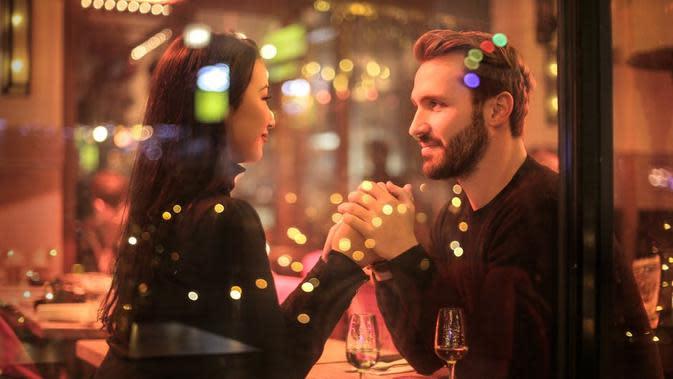 Ilustrasi pasangan. (sumber: Pexels)