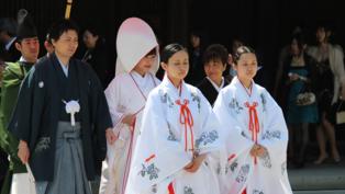 日本出奇招!搶救不婚:用AI找老公老婆、加碼結婚補助、連熊本熊也被逼婚
