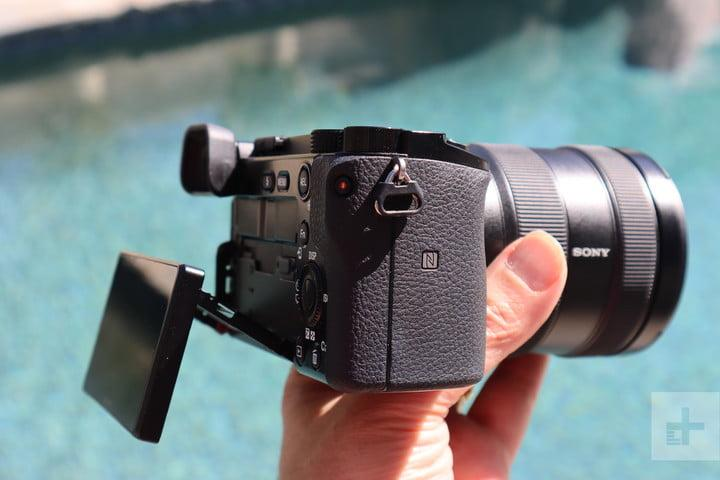 Sony A6100 Camera Review